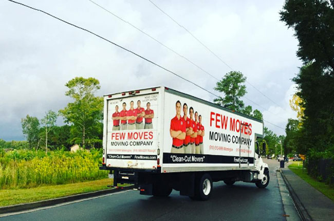 moving-company-vs-moving-truck